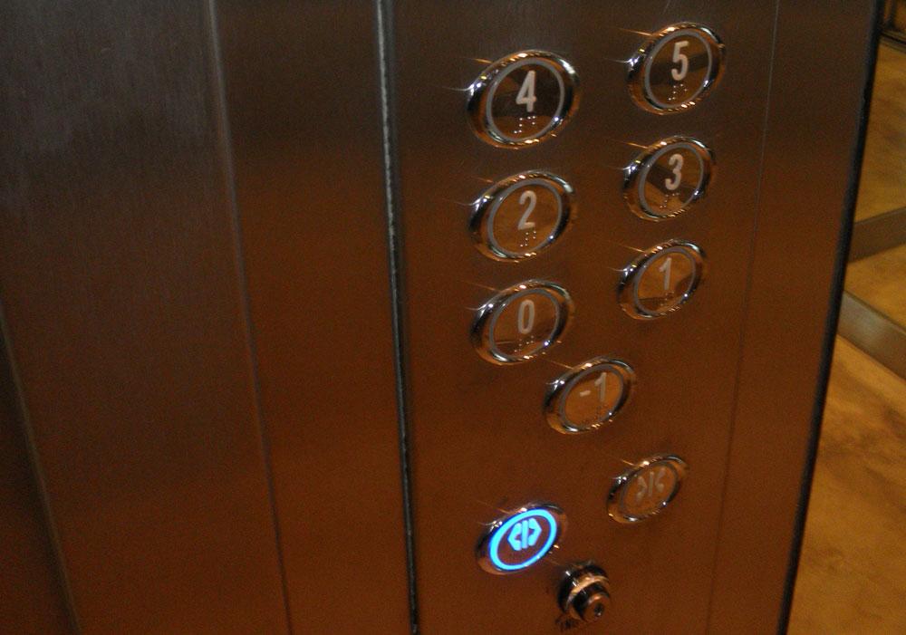 botoneras para ascensores
